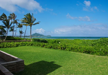 4 Bedroom Rental               On Kailua Beach