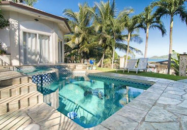9 Bedroom Kaneohe               Bay Vacation Rental Home